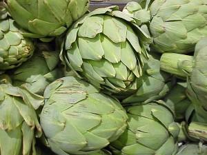 artichoke heads in grocery store