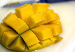 food - mango cut