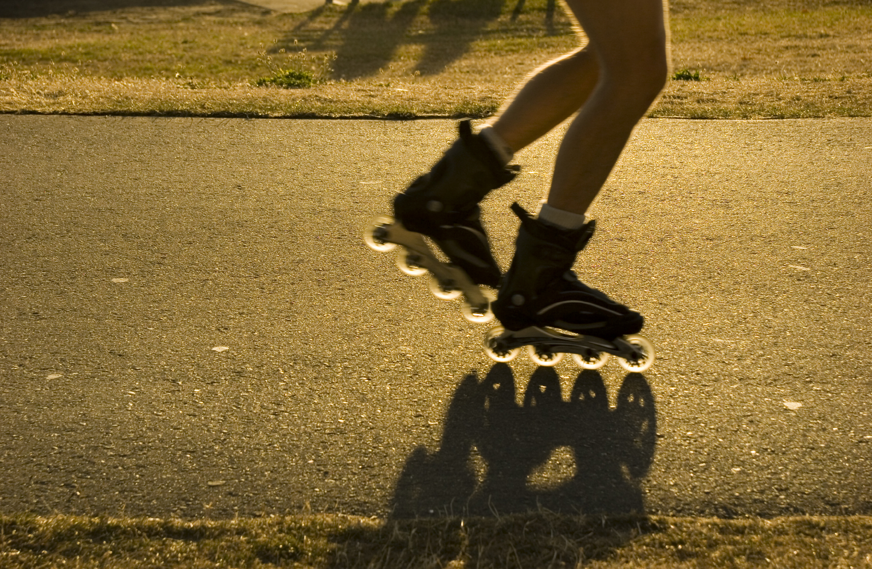 Roller skates one line - Physical Activity Inline Skating Istock_000002117950medium