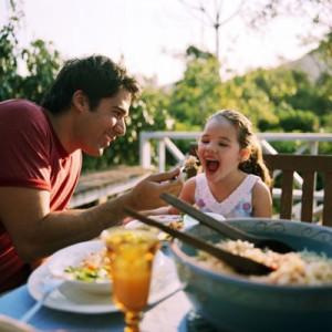 KIDD - family dinner3