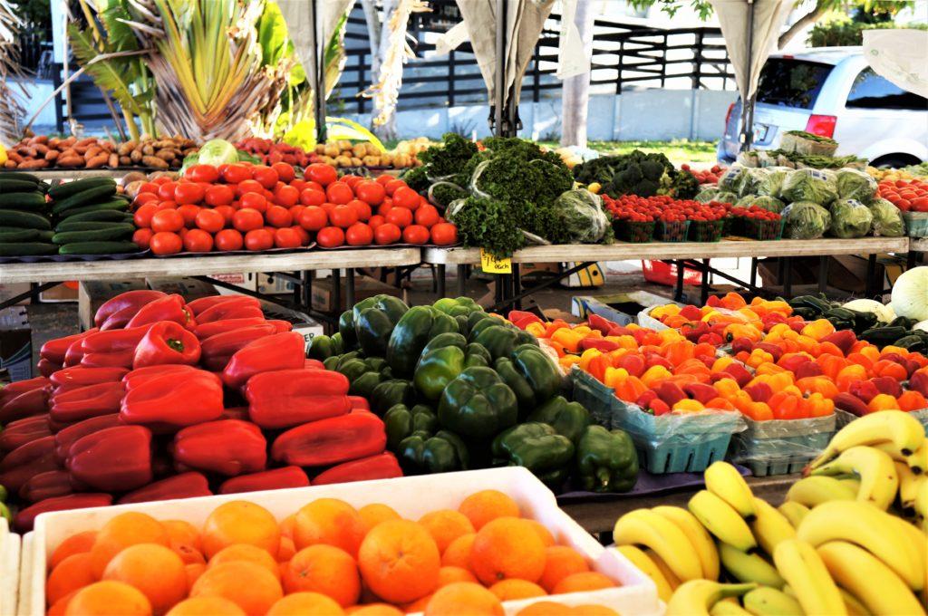 vegitables at a farmers market